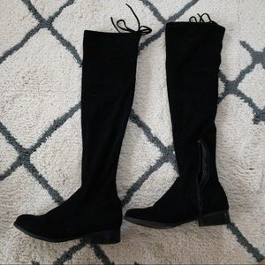 Worn twice. Over the knee, Suede, flat black boots